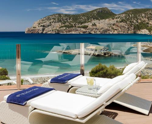 Boutique Hotel H10 Blue Mar - Adults Only, green hotel in Camp de Mar, Spain