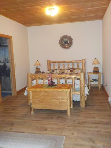West Yellowstone Bed and Breakfast Photo