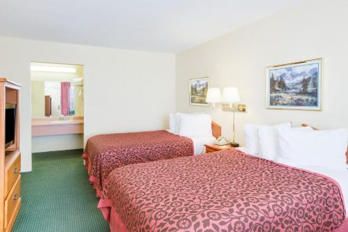 Days Inn Newport - Newport, AR 72112