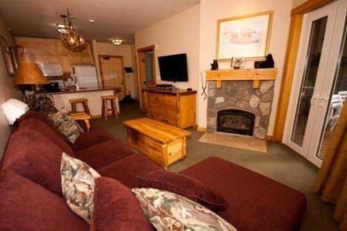 Juniper Springs Lodge # 532 - Mammoth Lakes, CA 93546