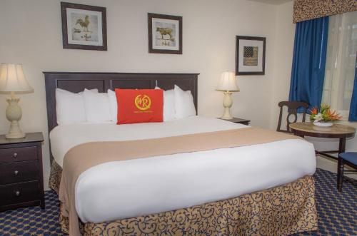 Hotels In Williamsburg Va With Hot Tub In Room
