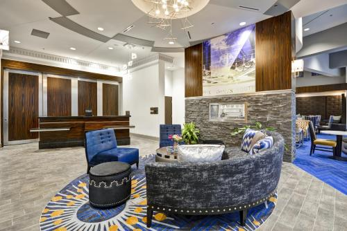 Homewood Suites by Hilton Birmingham Downtown Near UAB Photo