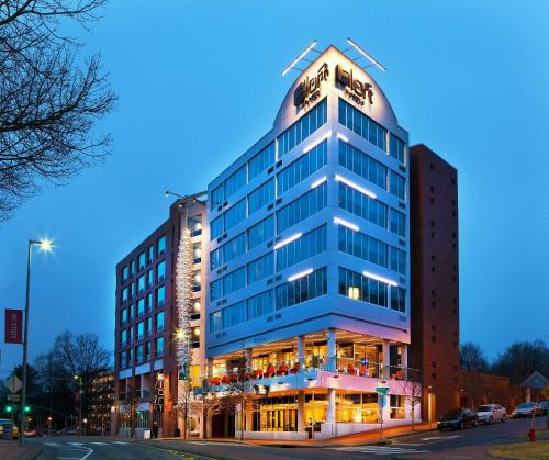 Aloft Raleigh Photo