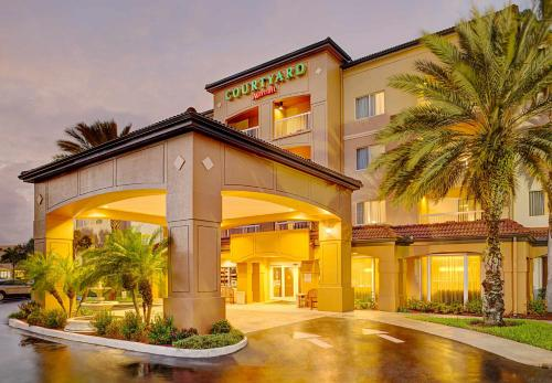 Courtyard By Marriott West Palm Beach Airport - West Palm Beach, FL 33401