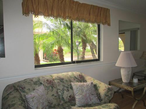 Bonita Springs Townhouse Photo