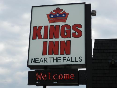 Kings Inn Near the Falls Photo