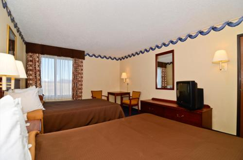 Quality Inn - Lewisport Photo