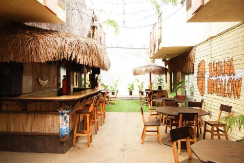 Banana Bungalow West Hollywood - Los Angeles, CA 90036