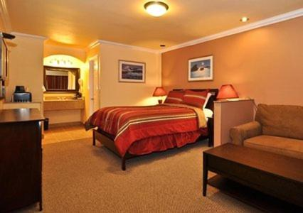 Rodeway Inn & Suites Oakland Photo