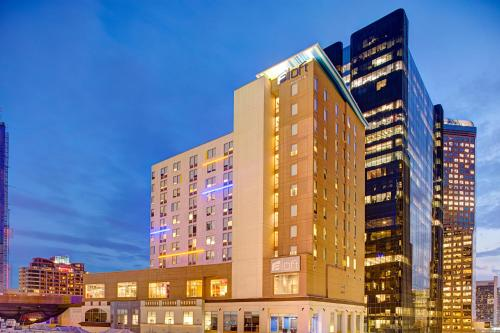 Aloft Charlotte Uptown at the EpiCentre Photo