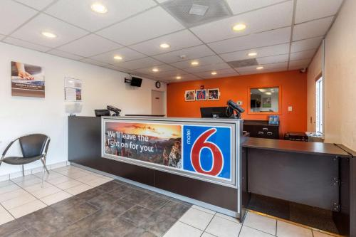 Motel 6 Houston - Nasa Photo