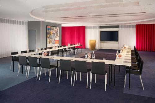 Mondrian London at Sea Containers - 11 of 42
