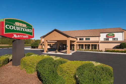 Courtyard by Marriott Wilmington/Wrightsville Beach Photo