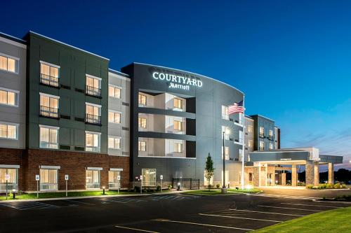 Courtyard by Marriott Clifton Park Photo