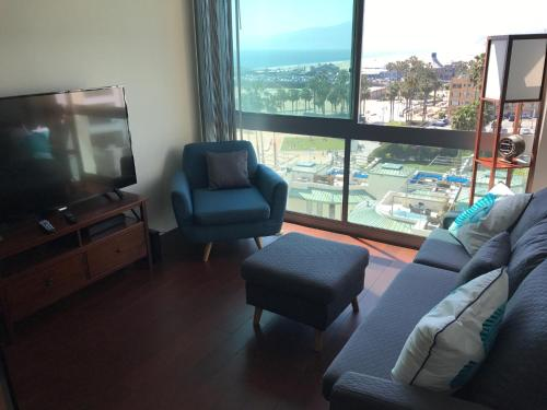 Ultimate Beach Tranquility Suite - Los Angeles, CA 90401