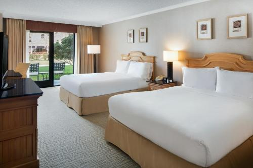 Doubletree Hotel Sonoma Wine Country