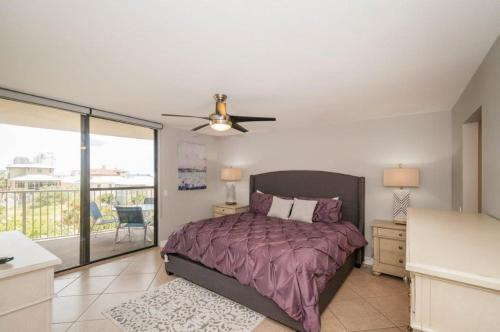 Mainsail Condominiums #332 Photo