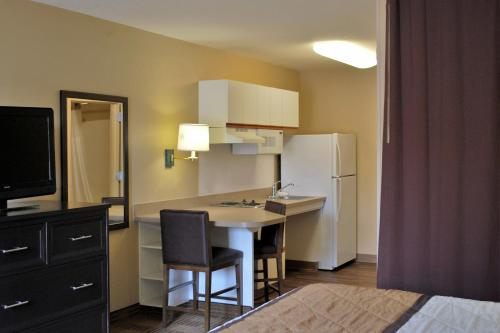 Extended Stay America - San Francisco - San Carlos photo 9