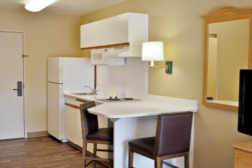 Extended Stay America - San Francisco - San Carlos photo 27