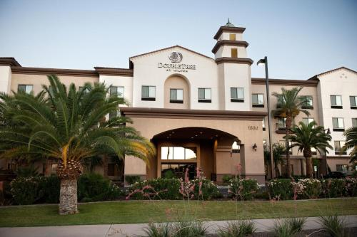 DoubleTree by Hilton Phoenix-Gilbert Photo