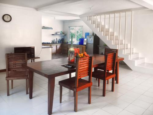 Sowerby Residence 2 BR Apartment, Boracay