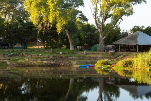 Bonnievale River Lodge Photo
