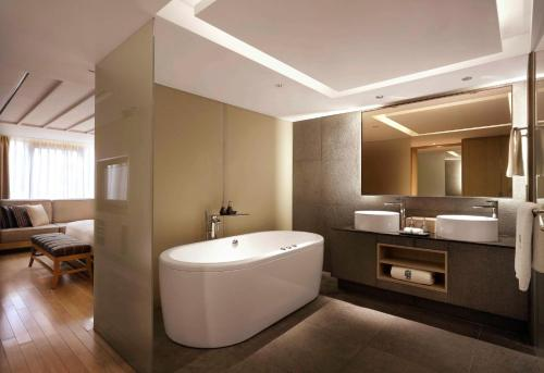 Banyan Tree Club & Spa Seoul photo 34
