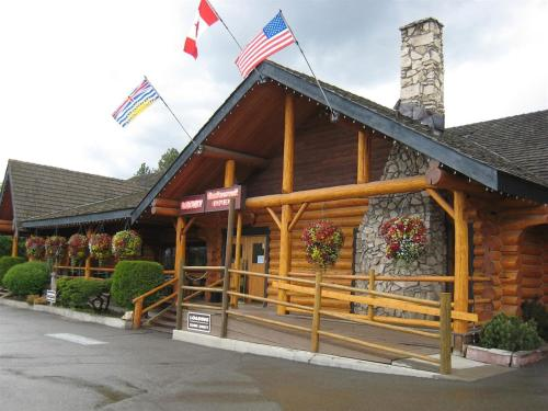 Cariboo Lodge Photo