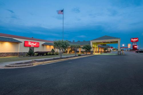 Red Roof Inn Columbus Phenix City Photo