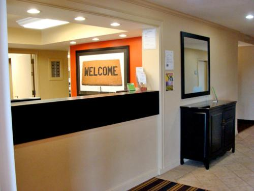 Extended Stay America - Meadowlands - East Rutherford Photo
