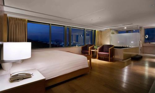 Banyan Tree Club & Spa Seoul photo 40