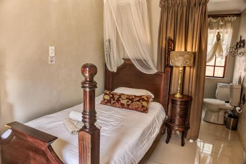 French Manor Guest House Photo