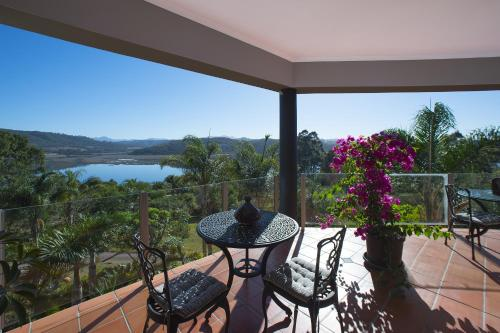Lagoon View Villa Photo