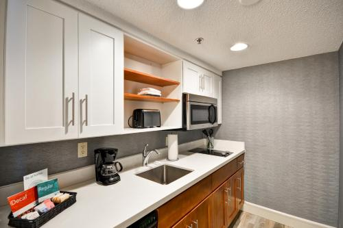 Homewood Suites by Hilton San Antonio Northwest Photo