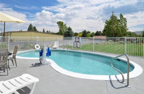 Americas Best Value Inn - Carson City Photo