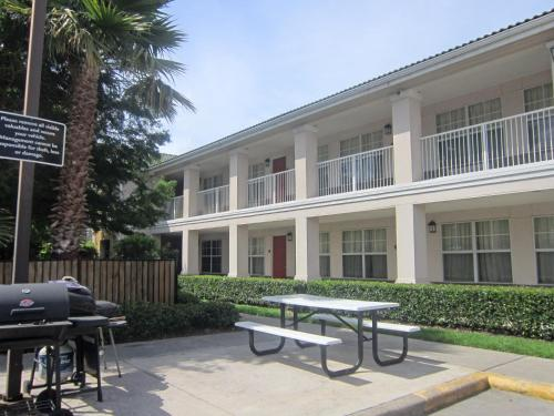 Extended Stay America Houston - Stafford - Stafford, TX 77477