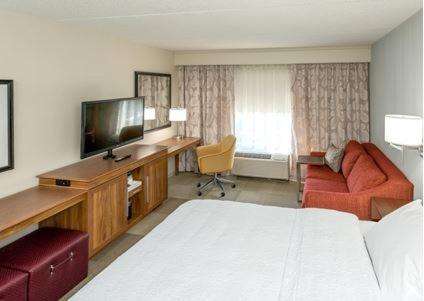 Hampton Inn & Suites Seattle/Renton, Wa in Renton