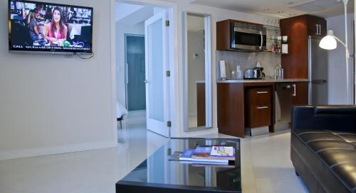 Suites at Congress Ocean Drive Photo