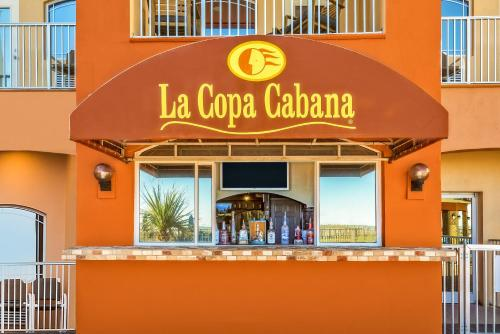 La Copa Inn Beach Hotel Photo