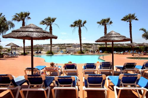 holidays algarve vacations Lagos  Vila Mos - Sunplace Hotels & Beach Resort