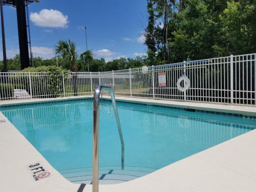 Country Inn & Suites by Radisson, Jacksonville, FL Photo