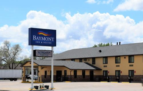 Baymont Inn & Suites Pierre Photo