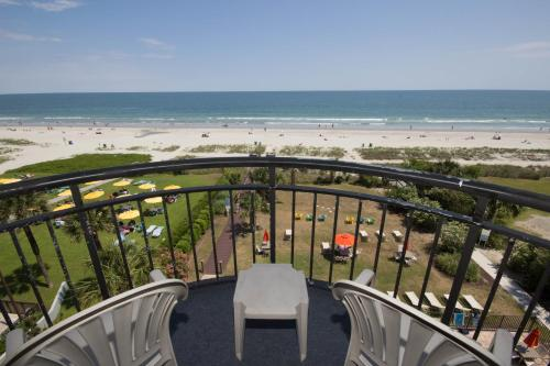 Spectacular Oceanfront Condos Photo
