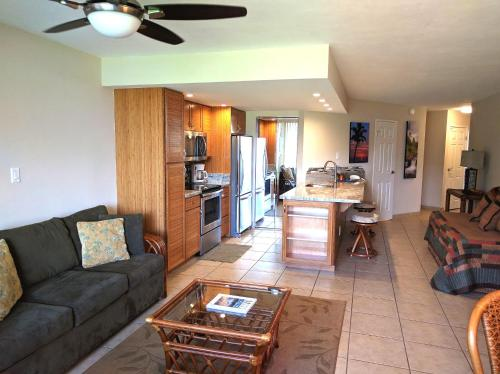 Maui Sunset One Bedroom by Kumulani Vacations and Realty, Inc Photo