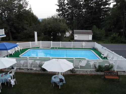 Lido Motel Lake George Photo
