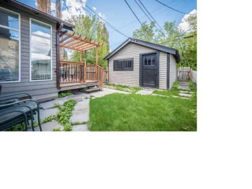 6 Bedroom House Inner City - Calgary, AB T2M 2Z1