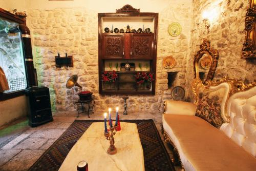 Antique Celtik House Natural, Hatay