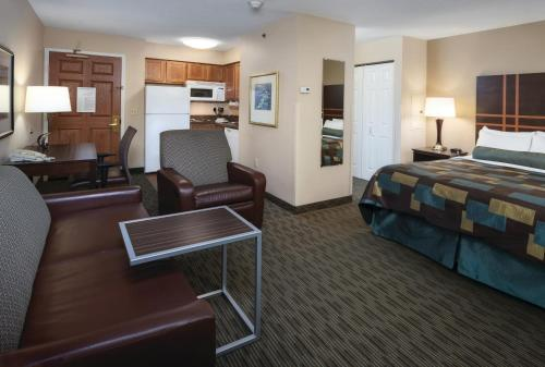 Aspen Suites - Rochester Photo