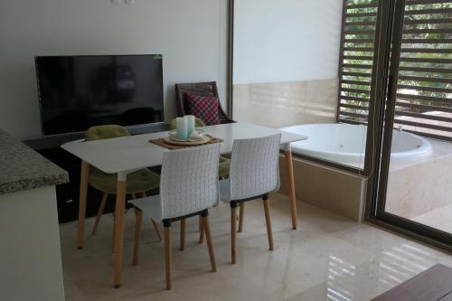 Bahia Principe Vacation Rentals - Quetzal - One-Bedroom Apartments Photo