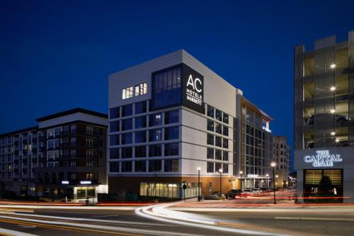 Hotel AC Hotel By Marriott Raleigh North Hills thumb-2